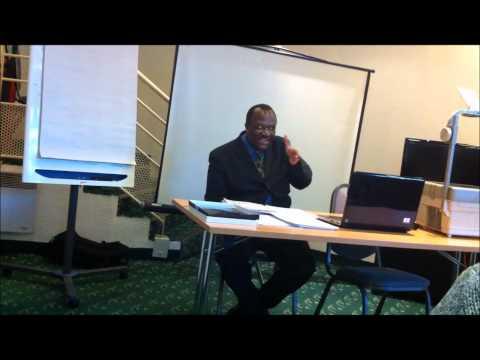 Prof Gomez (MANIPULATION  MENTALE DES ELITES DU MONDE NOIR 14 jan 2012)