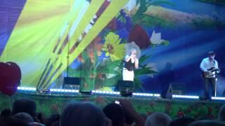 Сергей Беликов - Живи родник, живи (live) Луганск, 24.08.2013