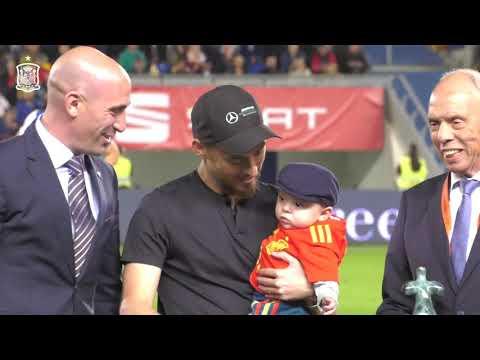 Así fue el homenaje a David Silva en el Estadio de Gran Canaria