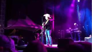 Justin Moore - Alabama - Drinking Jack Daniel