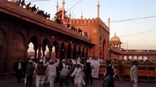 Video imam-e-haram sheikh shuraim at jama masjid delhi 2/3/12 maghrib download MP3, 3GP, MP4, WEBM, AVI, FLV November 2019