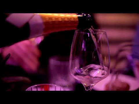 wine article Sparkling Wine With Dinner The Prowein Wine Trends Of 2019