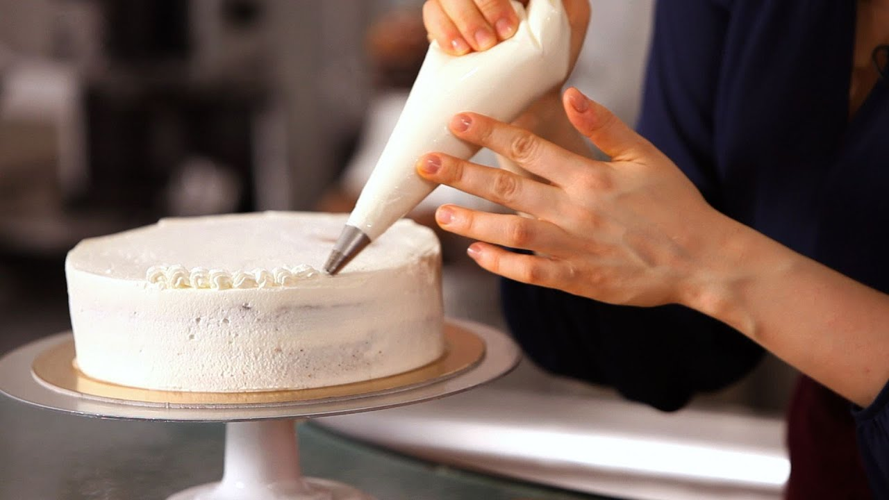 How Decorate Cake At Home : 3 Cake Border Piping Tips Cake Decorating - YouTube