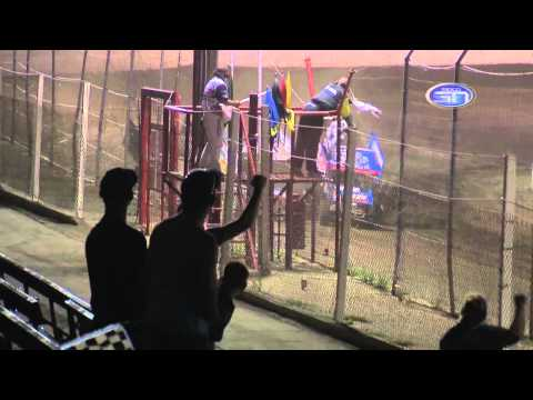 Dusty Ballenger & Robby Wolfgang Photo Finish at Huset's Speedway 8.2.15