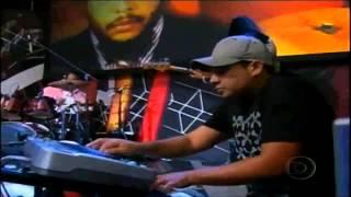 Robinho Tavares (bass solo) & Ed Motta - Pé na Jaca