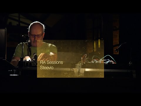 RA Sessions: Steevio | Resident Advisor