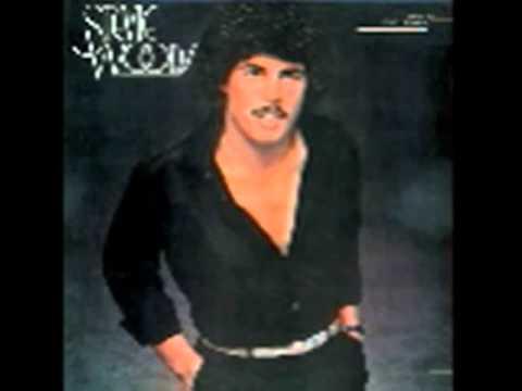 Stevie Woods - Throw A Little Bit Of Love My Way (1981)