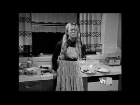 Mandy Moore - 17 (Music Video)