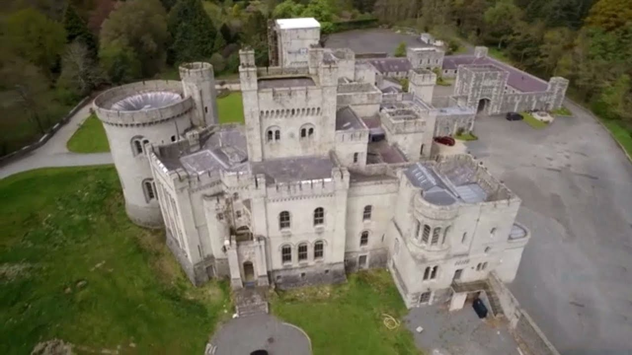 Can you find escorts castles in Ireland please