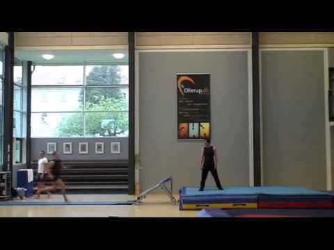 Forlæns salto (lukket, hofte, strakt)