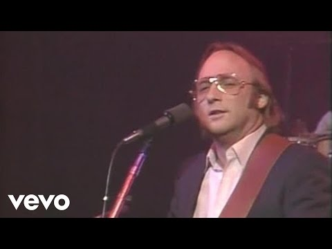 Stephen Stills - Love the One You're With  (Live)