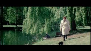 Inspector Clouseau visits Dreyfus at the psychiatric hospital