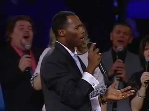 Lamb of God - Fill my cup Lord - Spirit of the Living God -...~Micah Stampley {en es pr rm}