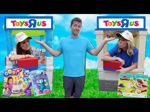 Pretend Toys R Us Stores Compete for Business !!!