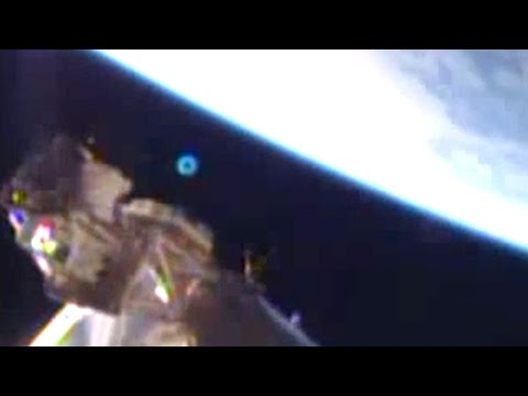 Breaking News! NASA Scuttles Feed As UFOs Track The Dragon! 2/10/2015
