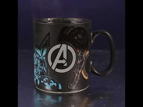 Team Marvel Avengers Heat Changing Mug