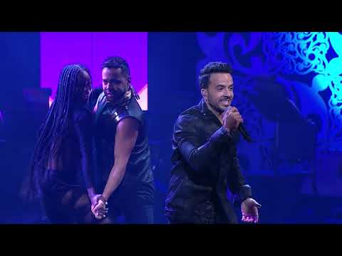 "Luis Fonsi performs ""Despacito"" (Live!)-30th Hispanic Heritage Awards"