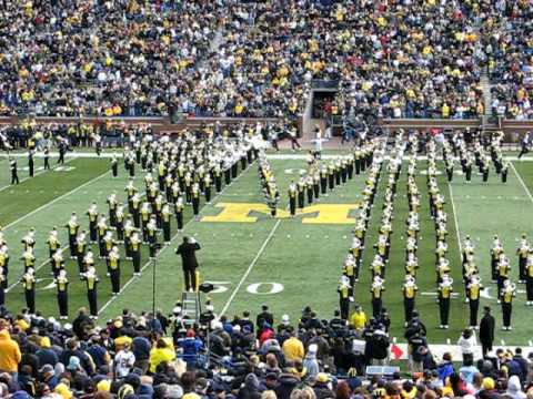 Michigan Marching Band - Band Take The Field