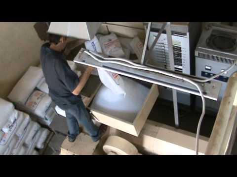 видео: изготовление полиэтиленовой плёнки.MPG