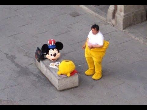 ディズニーのキャラクターになるには ...