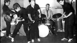 The Beatles (Johnny and the moondogs) - Hello little girl