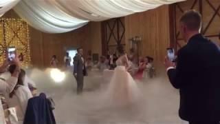 Безумно красивый танец Вити и Кристины под свадебную песню Мота 27.07.18