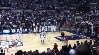Andre Drummond between the legs dunk at uconn first night