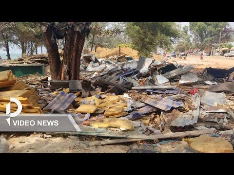 Authorities Dismantle Stalls On Otres Beach