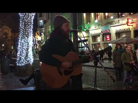 Adele, Hello (Matt Rose cover) - busking in the streets of Brussels, Belgium