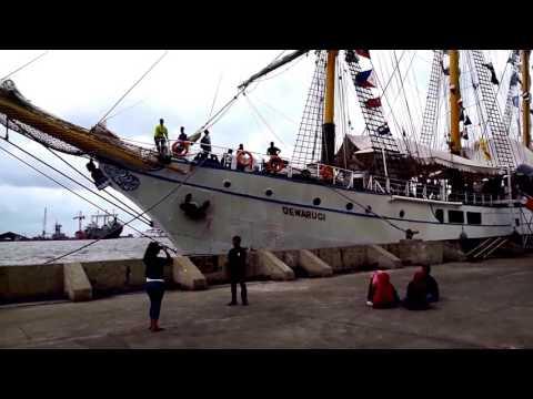 KRI Dewa Ruci  mendarat di Pelabuhan Tanjung Emas Semarang