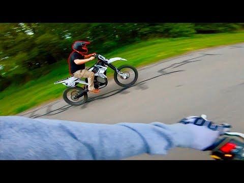 HE WAS WIDE OPEN... E-Bike vs. Pit Bike