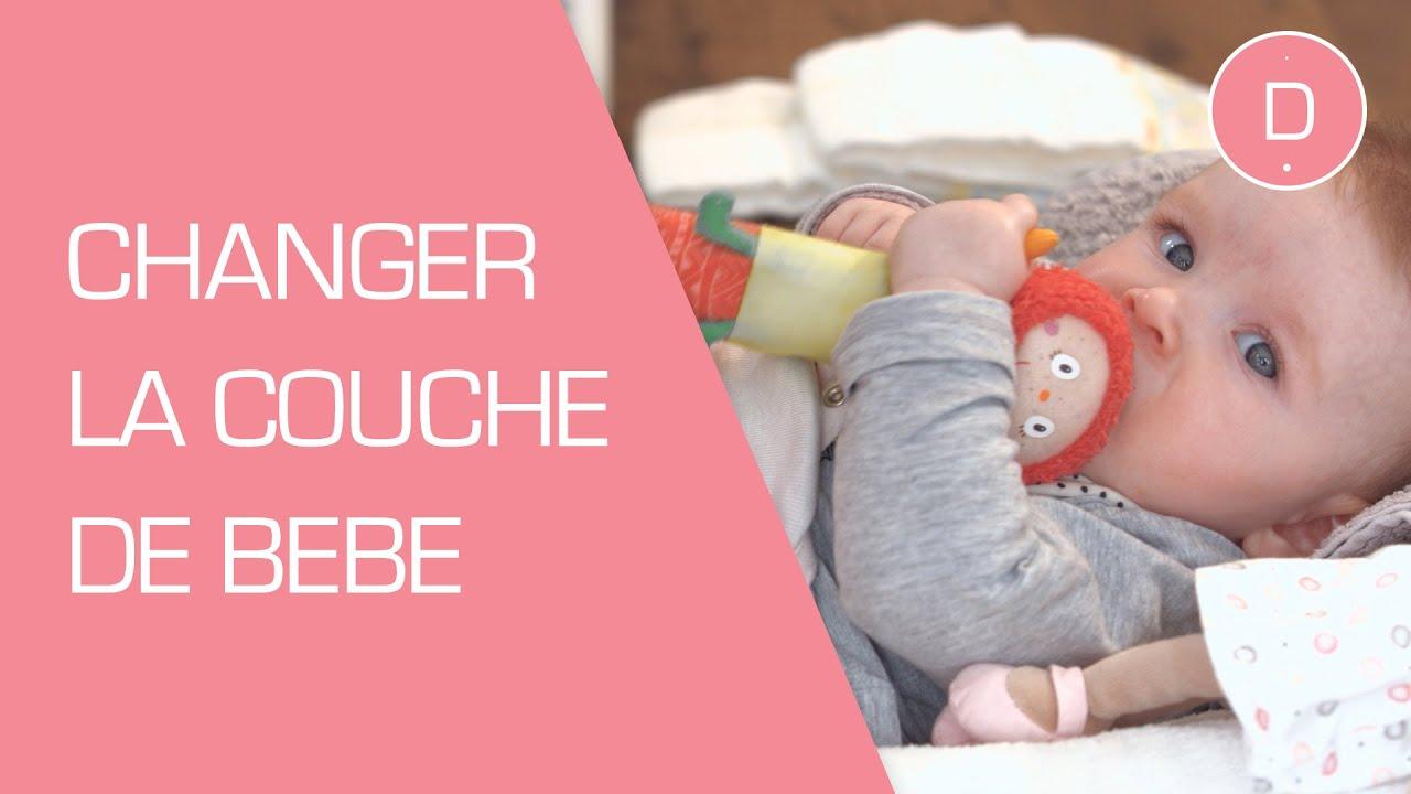 Comment changer la couche de bébé ? - Puériculture - YouTube on