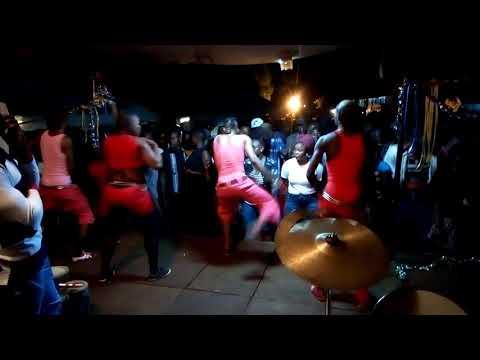 Dancers of musa jakadalla on stage bongo kings