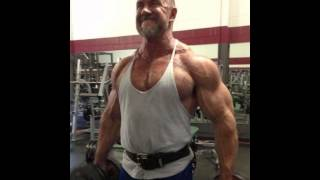 muscle and handsome daddy