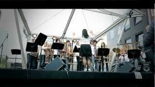 Video Angklung Eindhoven - We Are The Champions download MP3, 3GP, MP4, WEBM, AVI, FLV Juni 2018
