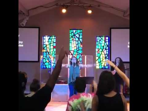 Lindy Conant & Bailey Redmond (Worship) // YWAM Kansas City messenger school 2016