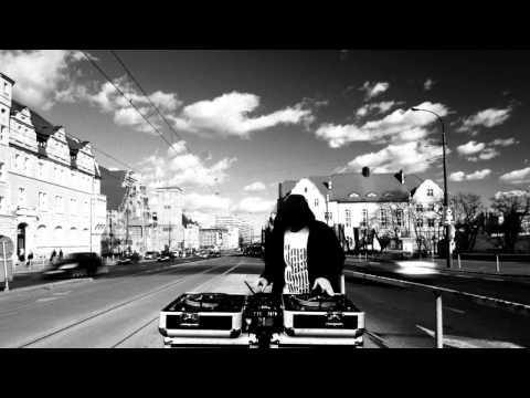 Demonologia - Szczerze feat. Dj Show