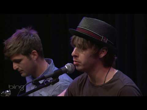 Foster The People - Pumped Up Kicks (Bing Lounge)