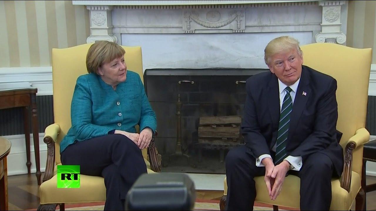 Дональд Трамп не пожал руку Ангеле Меркель