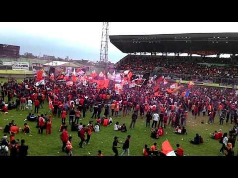Kesurupan - Gondal Gandul @Stadion Lebak Bulus HUT Kam17akmania