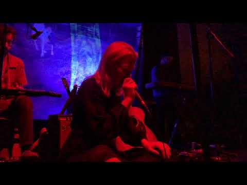 Phoebe Bridgers - You Missed My Heart