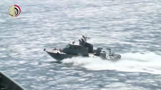 شاهد.. التدريبات المشتركة للبحرية المصرية والأمريكية «رماية مدفعية وقصف الأهداف الجوية المعادية»