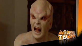 Repeat youtube video Alien Babysitter | Alien | Scare Tactics