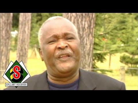 Africando - Betece (feat. Amadou Balaké) [Clip Officiel]