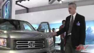 2006 Honda Ridgeline introduction  (pt 2 of 4)