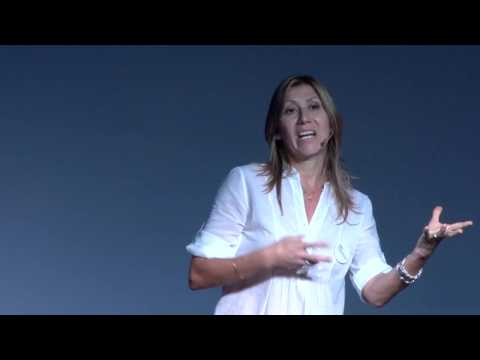 Planchar y ver novelas   María Eugenia Torio   TEDxRosarioWomen