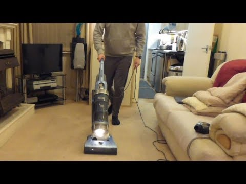 Review / Demo: Hoover Turbo Power Bagless (UTP1610) upright vacuum cleaner