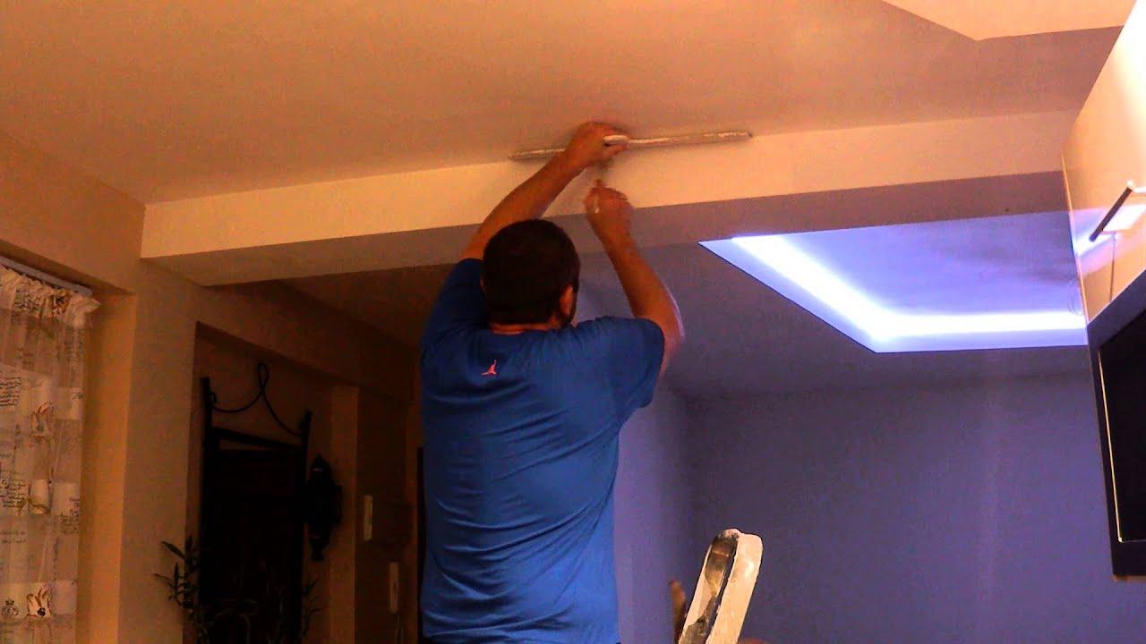 C mo pintar los bordes del techo un truco muy f cil youtube for Como encielar un techo