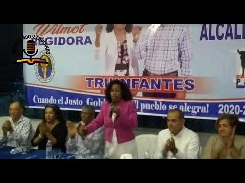 Aridia Wilmot presenta su candidatura a Regidora en Nagua por PRD-PRSD.