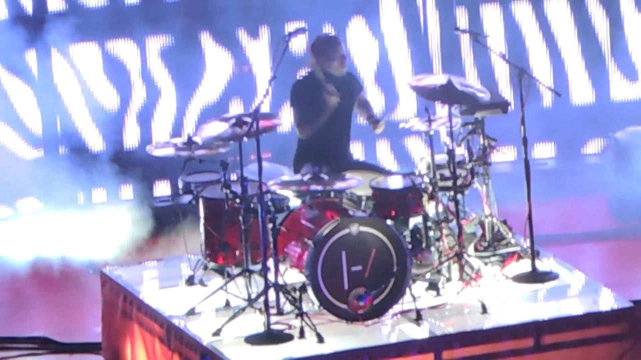 Download Polarize - Twenty One Pilots (Live at Red Rocks)